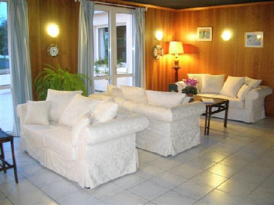 Hôtel Le Nautile : salon