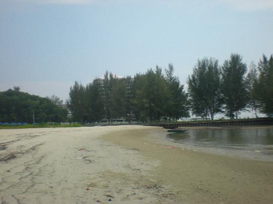 Avillion Admiral Cove: The Beach