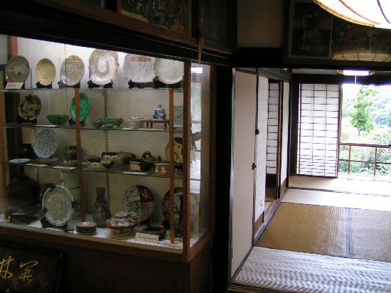 Umegayatsu Kairakuen: Töpferwaren