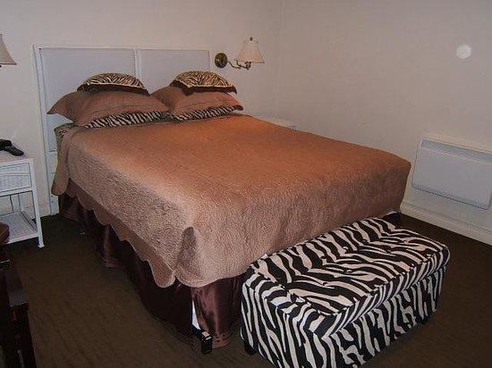 Hotel Kutuma: Room 302