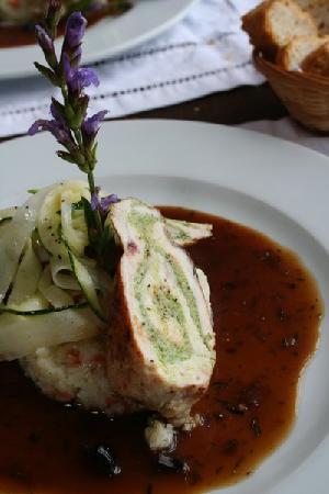 Fleurs D'Olargues Restaurant: delicious french cuisine