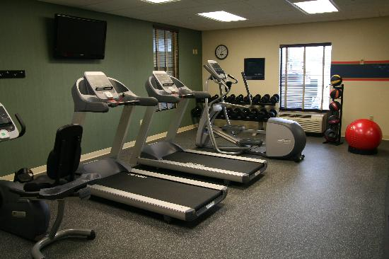 Hampton Inn Dandridge: Fitness Center