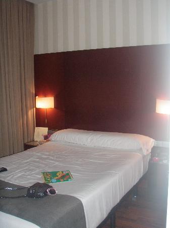 Hotel Zenit Malaga: Bedroom