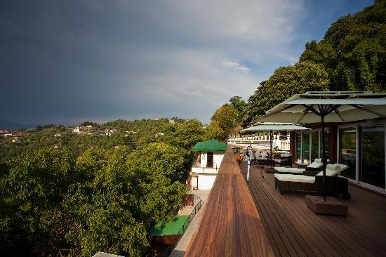The Amber - Vermont Estate: the amazing deck