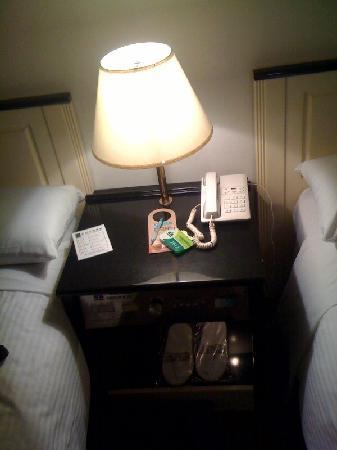 Paradise Hotel: controller next to the beds looked like it came from 1982
