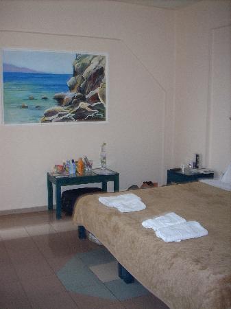 St. Constantin Hotel : Bedroom in apartment