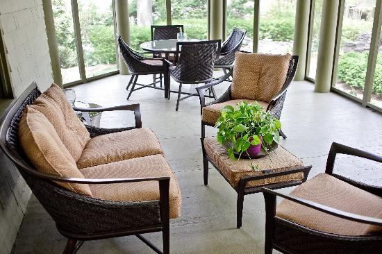 Stonehurst Place: Screened Porch in back - very private and comfortable.