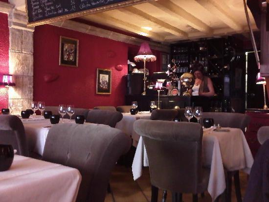 Restaurant Alexandra : Salle petite mais confortable