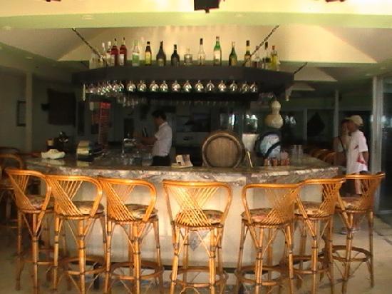 Gorgulu Kleopatra Beach Hotel: Bar :D