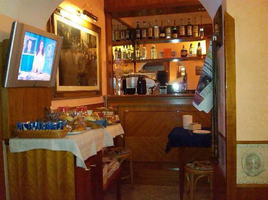 Hotel Delle Regioni: Breakfast area