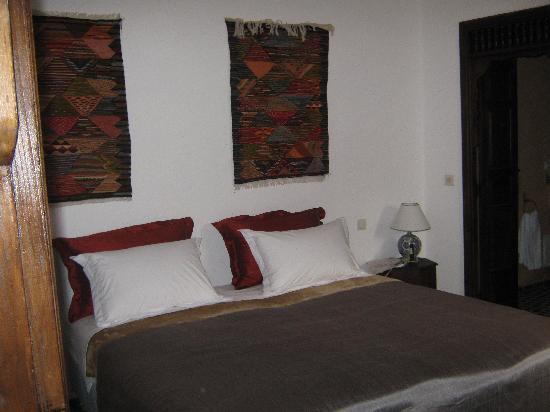 Dar Fes Medina: Comfortabel Bed Room