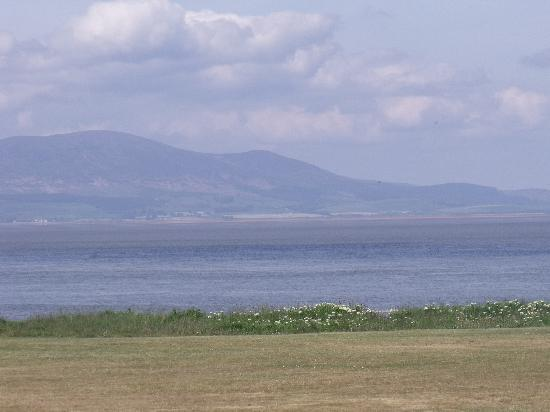 Solway Holiday Village: view at end of the camps road
