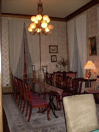 Harry Packer Mansion Inn: Dining Hall