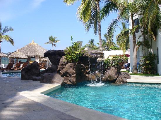 Ramada Resort Mazatlan: alberca genial