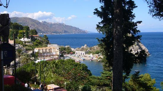 Taormina, Italia: View from old town