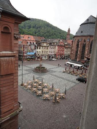Hotel am Rathaus: View from our bedroom window