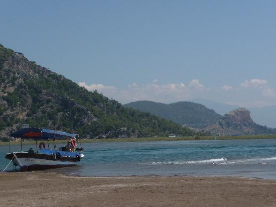 Dalyan, Turkey: Itzuzu beach