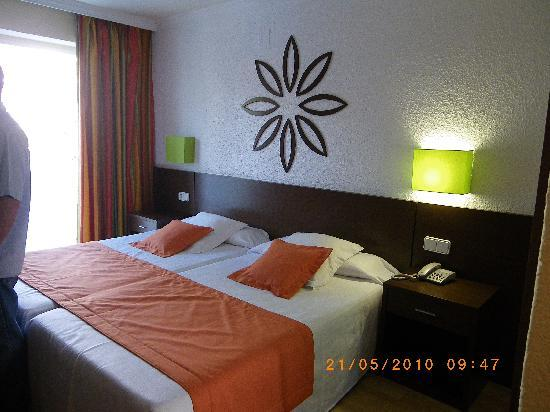H10 Delfin: Bedroom