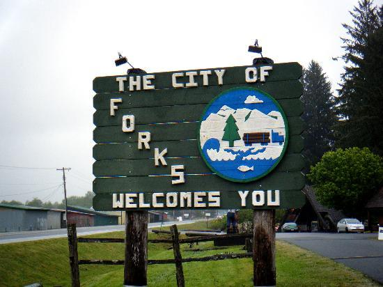 Hungry Bear Cafe, Motel & RV Park: Forks WA - Welcome, Twilight fans!