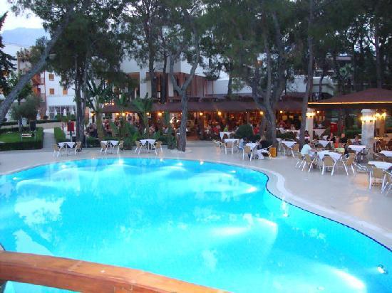 Otium Hotel Life: restaurant