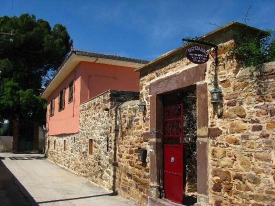 Thimiana, Grecia: Exterior