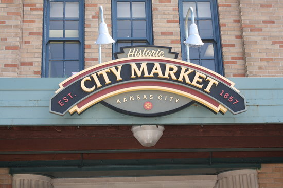 Kansas City, MO: entrance to the market