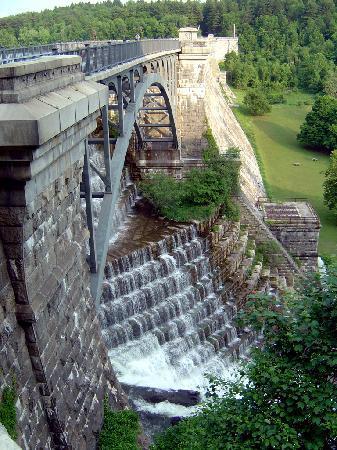 Alexander Hamilton House: Nearby Croton Dam