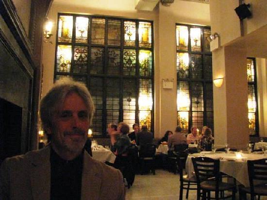 Brendan's Bar & Grill: Very romantic!