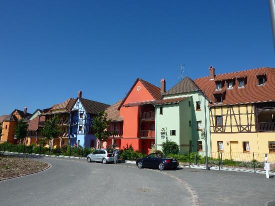 Pierre & Vacances Residence Le Clos d'Eguisheim: the outside