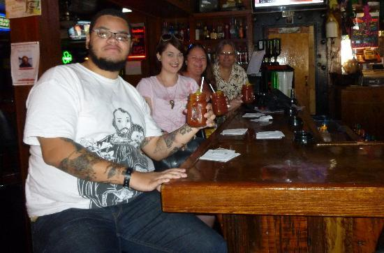 Froggy's Saloon: Bloody Mary Time!