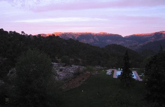 Parador de Cazorla: View at dusk