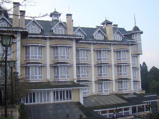 Cedar Inn: A view of the hotel