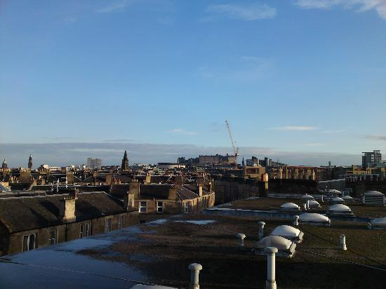 Edinburgh at Home : looking over the roof tops to Edinburgh castle from roof terrace