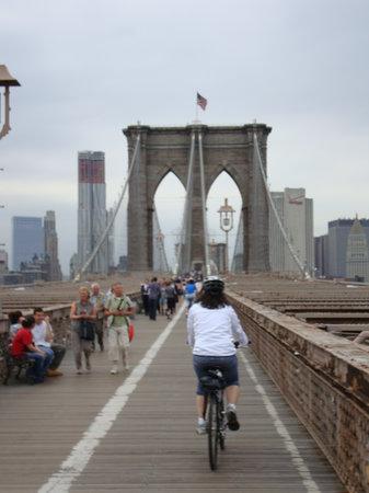 Bike and Roll NYC: Cycling the Brooklyn Bridge