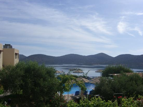 Elounda Heights Apartments and Studios: view over the pool