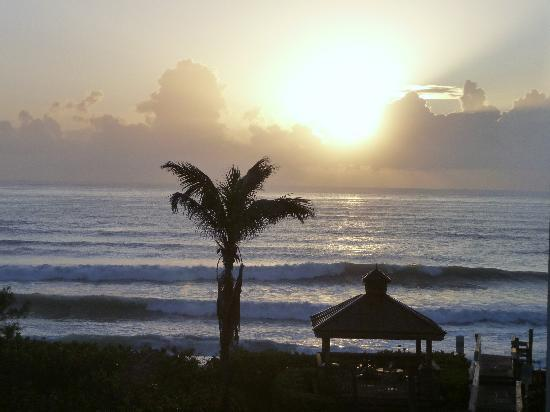Vistana Beach Club: View from our room at sunrise