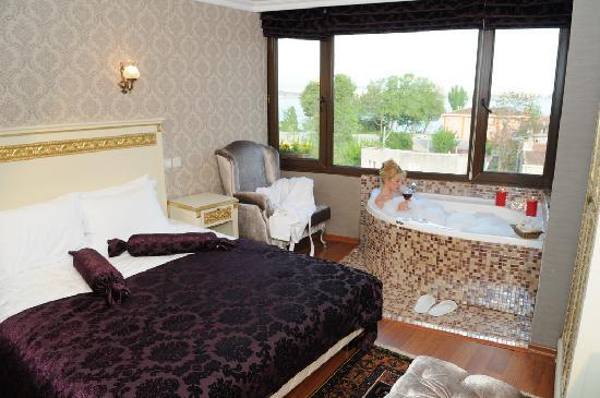Yusuf Pasa Konagi Special Class: Deluxe Room - 401 - with Jacuzzi