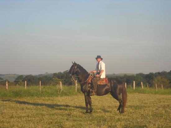 Fazenda Laranjal Guest Ranch: Sharifi