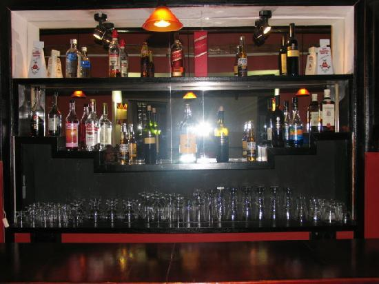 El Batan del Inka Cusco: tiene un bar con todo
