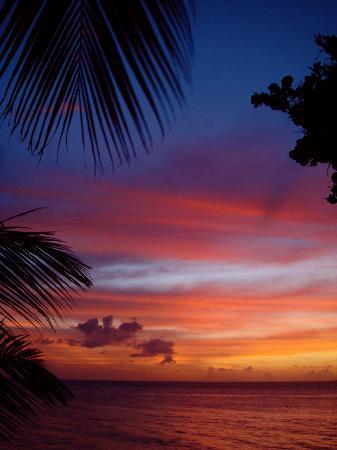 Sun Reef Village: sunset