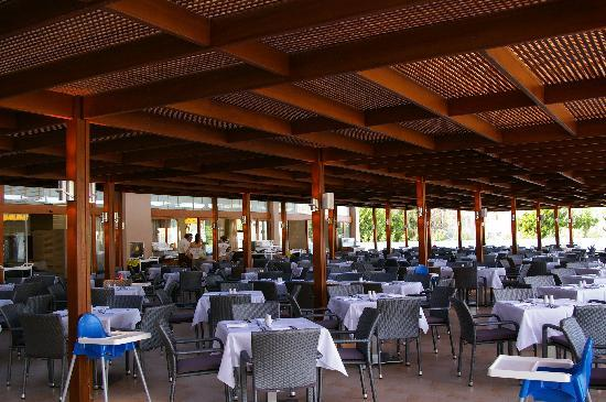 Holiday Village Rhodes: buffet resto
