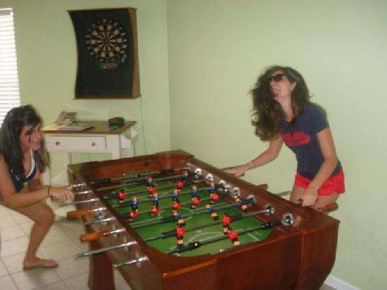 Drifters Reef Hotel: Foosball table and Darts