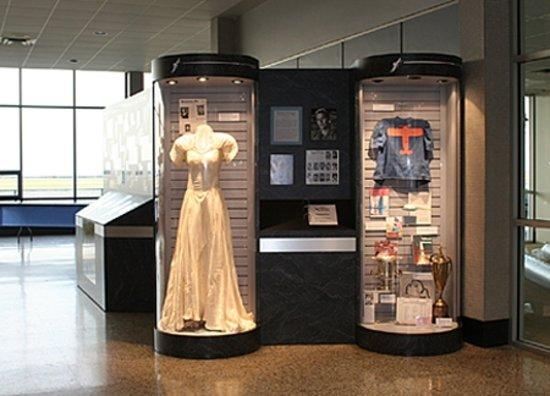 International Women S Air Amp Space Museum Cleveland