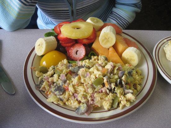 Bette's Place : My wife's breakfast! Yum!