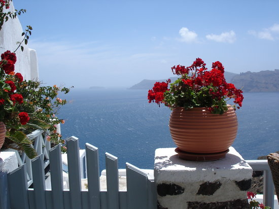 Alexander's Boutique Hotel of Oia: off of our balcony