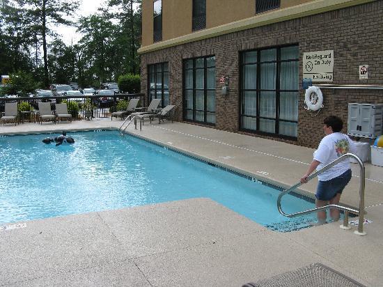 Hampton Inn Spring Lake-Ft. Bragg: Pool