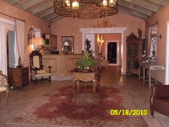 Hotel Edelweiss: the beautiful lobby area