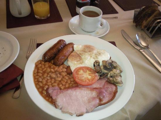 Bronwye Guest House: quality breakfast