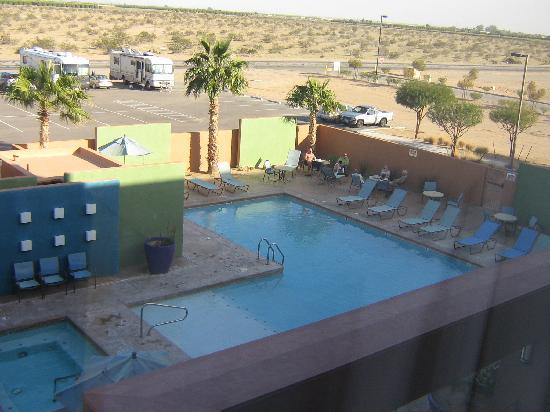 Cocopah Resort & Conference Center: Blick auf den Pool