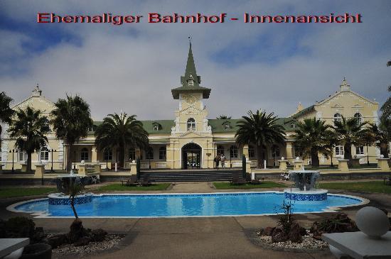 Swakopmund, Namibië: Ehemaliger Bahnhof Innenansicht, heute Hotel
